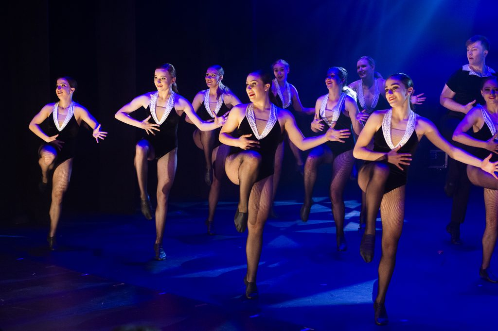turn and leap advanced dance class canberra